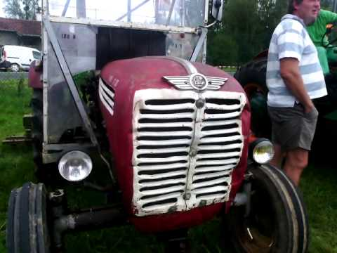 anciens moteur de tracteur youtube. Black Bedroom Furniture Sets. Home Design Ideas
