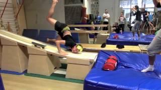 Popular Tom Hilde & Ski jumping videos