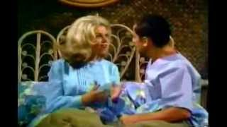 The Odd Couple: The Odd Holiday - Season 4 Episode 5 - Oct 12, 1973