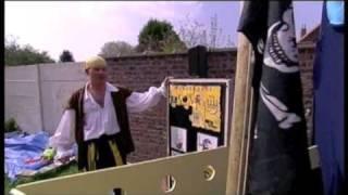 Man bijt piraat Pruts