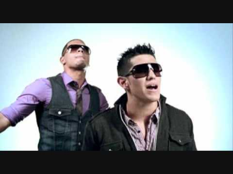 """Dyland y Lenny- """"Nadie Te Amara Como Yo""""  lyrics"""