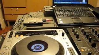2 CDJ-800MK2 & DJM-400 connected Traktor with timecode.wmv