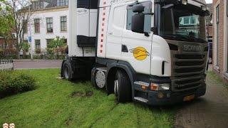 Vrachtwagenchauffeur rijdt zich vast bij de Nederhof