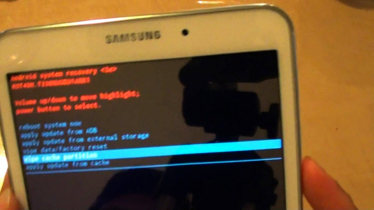 Samsung Galaxy Tab 4: How To Wipe Cache Partition