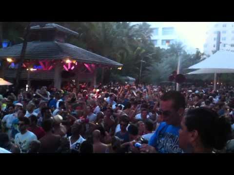 """ The 3 Kings Of House "" Pool Party WMC 2012 Miami Beach 19/3/2012"