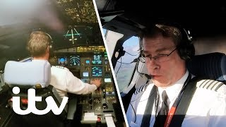 Struggling to Land in Extreme Crosswinds! | EasyJet: Inside The Cockpit | ITV