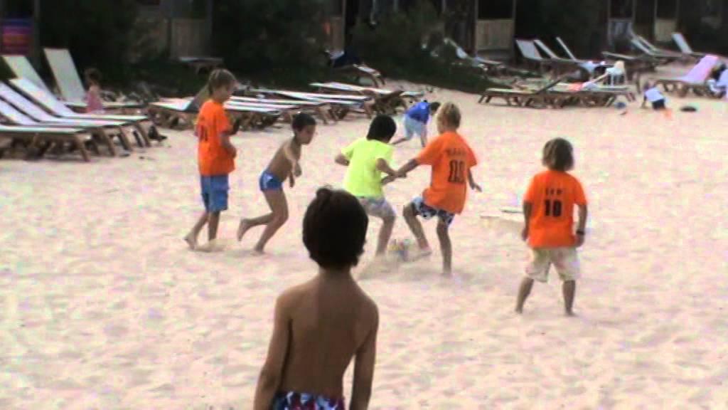 Saint Tropez Strand Voetbal 2010 2 Youtube