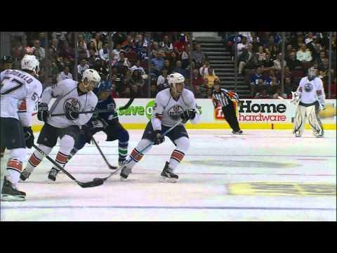 Canucks Vs Oilers - Peter Schaefer 2-2 Goal - Preseason - 09.22.10 - HD