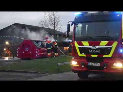 19.02.20 - Brand i stor affaldscontainer på Skolevej i Vemmelev