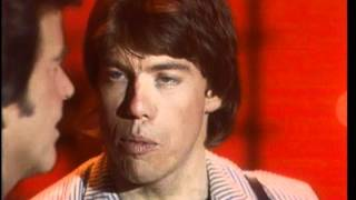 Dick Clark Interviews George Thorogood - American Bandstand 1981