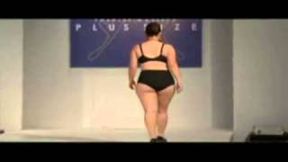 Repeat youtube video Lingerie plus size - pokaz bielizny xxl.mp4