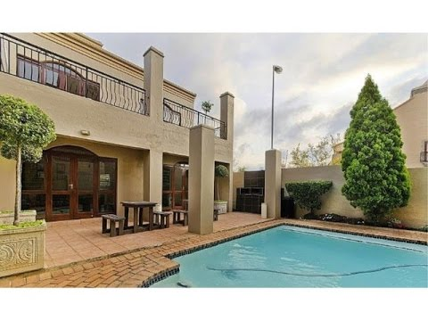 1 Bedroom Apartment For Rent in Lonehill, Fourways Area, Gauteng, South Africa for ZAR 7500 per m...