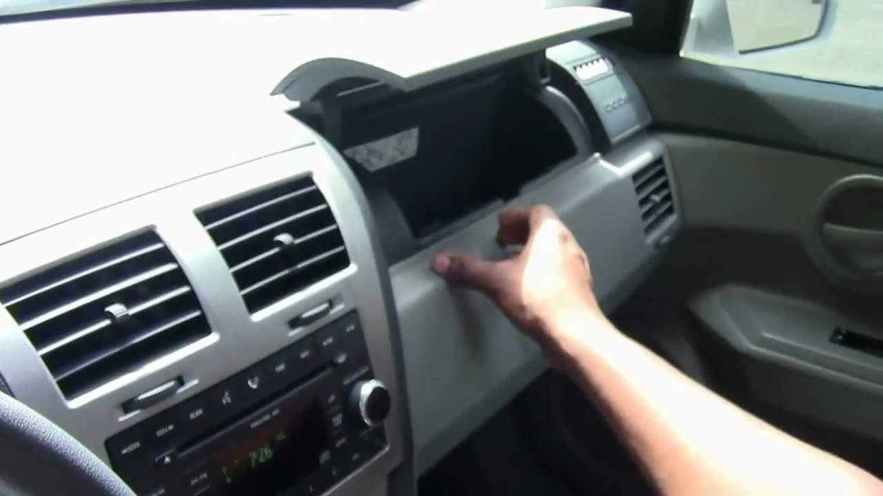 maxresdefault dodge avenger 2008 review youtube 2008 dodge avenger interior fuse box at bayanpartner.co