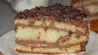 Торт с варёной сгущёнкой, очень сочный и нежный.