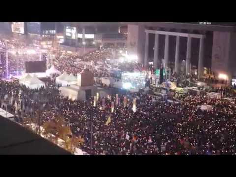 광화문 광장에 울려퍼지는 레미제라블 '민중의 노래'