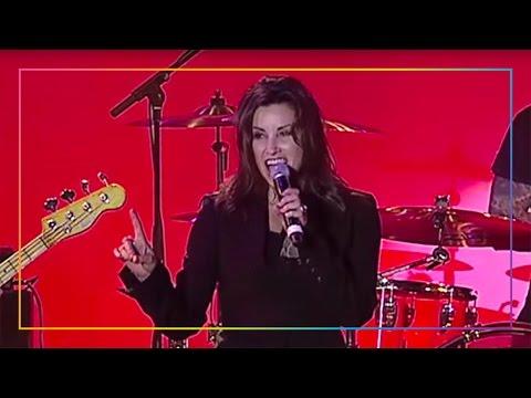 "Gina Gershon Performs David Bowie's ""Rebel Rebel"" | LA LGBT Center"