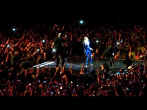 Beyonce pulled off stage in Brazil - HD (Original)