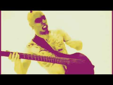 "Doug & Scarpetti - Video: Mudvayne's ""Dig"" Slowed Down by 1% On Each ""Brbr Deng"""