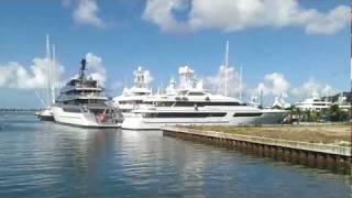Mega Yachts in St Maarten