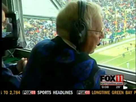 Former voice of Packers dies