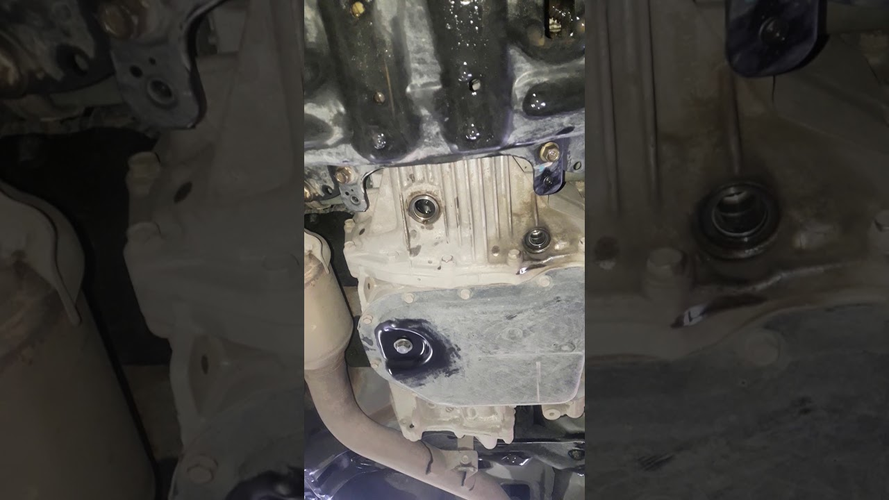 Замена тормозной трубки с прокачкой а4