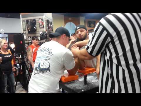 Doug Erlich vs Jonathan Long right hand
