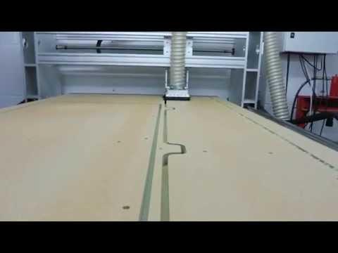 CNC Design Large 8 x 4 CNC Machine Cutting 25mm MDF