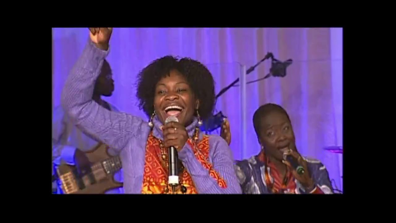 Download MIDNIGHT CREW Live on Stage, KICC London 2007(NOLLYWOOD BLOCKBUSTERS)