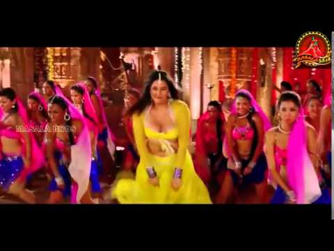 RAGINI DWIVEDI BBS SHAKE   BBS POP OUT   NAVEL SHOW HOTTEST SLOW MOTION EVER MADE