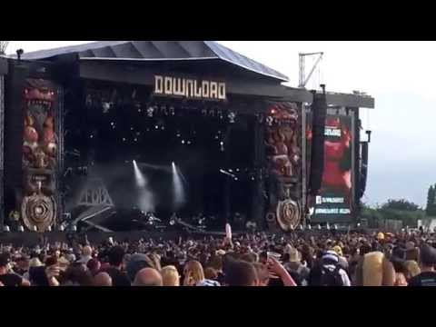 Fall Out Boy - Beat It (Michael Jackson Cover) | Live @ Download Festival 2014