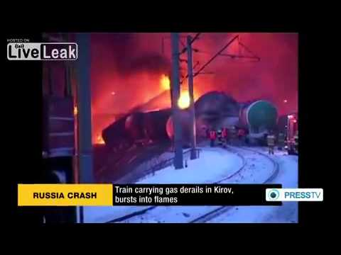 Train carrying gas derails in Kirov, bursts into flames
