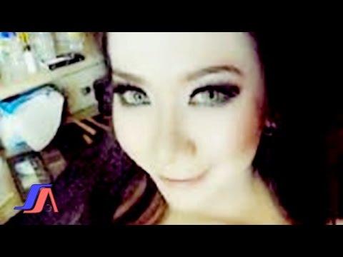 Ade Irma - Mawar  (Official Lyric Video)