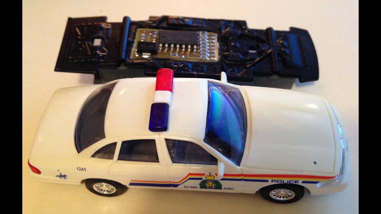 Rcmp Car  Ho Scale Flashing Lights  And A Microcontroller