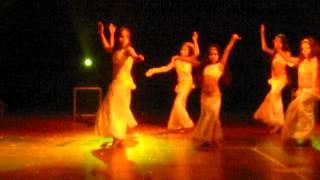 Como baila Lara!!!!