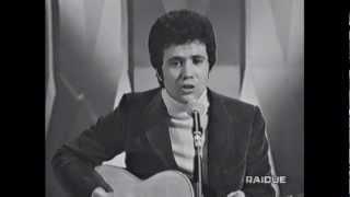 Lucio Battisti - Eppur mi son scordato di te (1971) LIVE