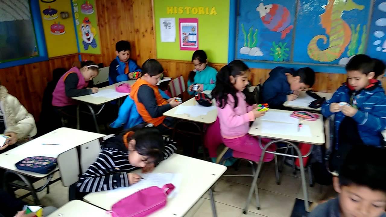 Break durante la clase en Escuela Niños Felices de Vilcún