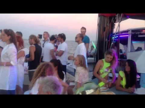 Ibiza white Russian Party Nuno Flores