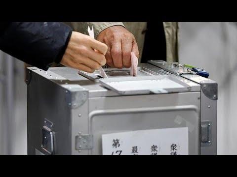 Shinzo Abe es favorito para revalidar su mandato en las legislativas de Japón