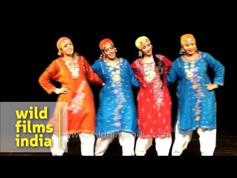Rouf dance being performed by Kashmiri women in Delhi