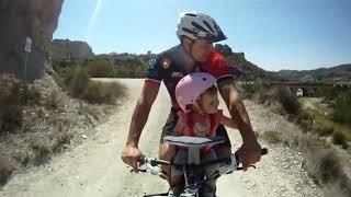 Usage siège enfant avant Weeride sur mountain bike