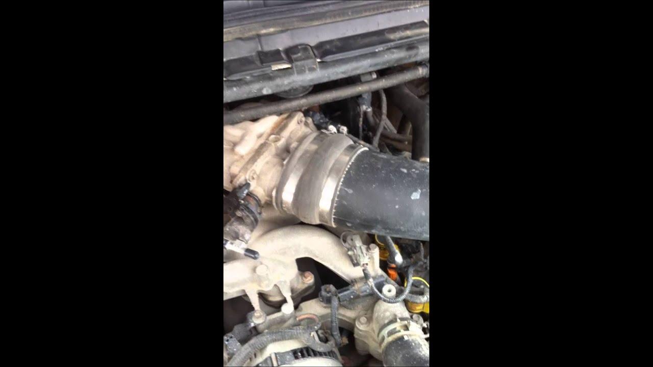 1999 ford f250 v10 vacuum leak  YouTube
