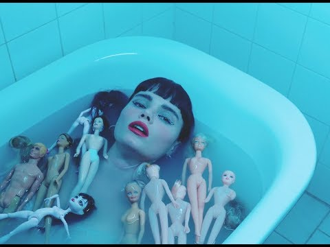Winona Oak - Don't Save Me (Official Visual) from YouTube · Duration:  4 minutes 36 seconds