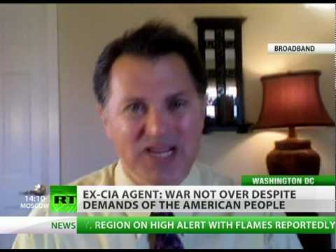 Ex-CIA agent: Iraq war not over, 'Mission Accomplished' a li