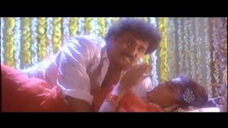 ಪರಿಮಳ ಹು.. ಪಡ್ಡೆ ಹುಡುಗ್ರು ಆಗ್ಲೇ ಹೂ.. ಅಂತ ಇದಾವೆ | Ravichandran Interesting Scenes in Kannada Movies