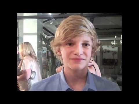 CODY SIMPSON is Breakthrough of the Year Internet Sensation!