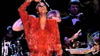 Download lagu I'll Never Love This Way Again & That's What Friends Are For - Dionne Warwick Spain 1990