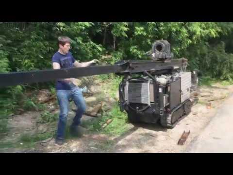 Малогабаритная буровая установка на гусеничном ходу. Часть 1-ая.