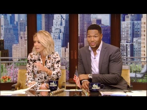 Kelly Ripa Awkwardly Brings Up Michael Strahan's Divorces During 'Live!'