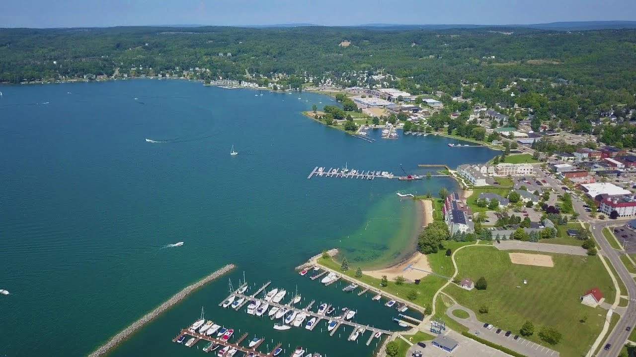 Boyne City Mi >> Beautiful Lake Charlevoix Boyne City Mi Dji Mavic Pro 4k Drone