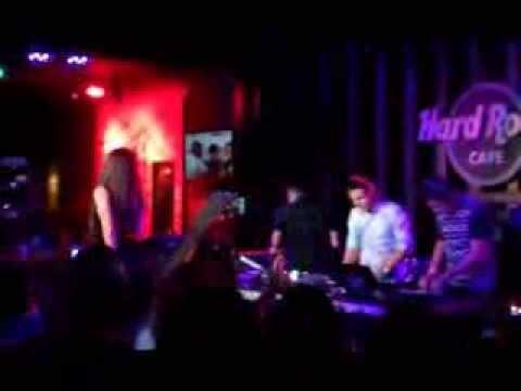 """Intentalo"" By 3Ball MTY At Hard Rock Cafe"